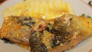 Горбуша,тушеная на сковороде с майонезом и овощами.Очень сочная и нежная.