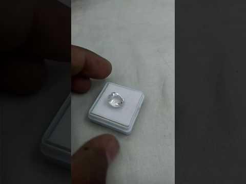 White Sapphire & Saffed Pukhraj