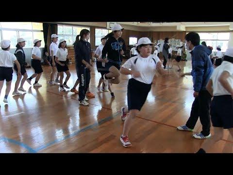 種子島の学校活動:現和小学校なわとび集会2018年