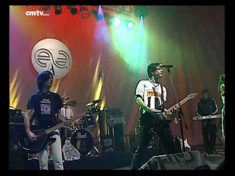 Jóvenes Pordioseros video Funeral (Con Lito Vitale) - Escenario Alternatvo 2005