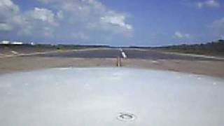 preview picture of video 'Landing on ceiba PR N96816'