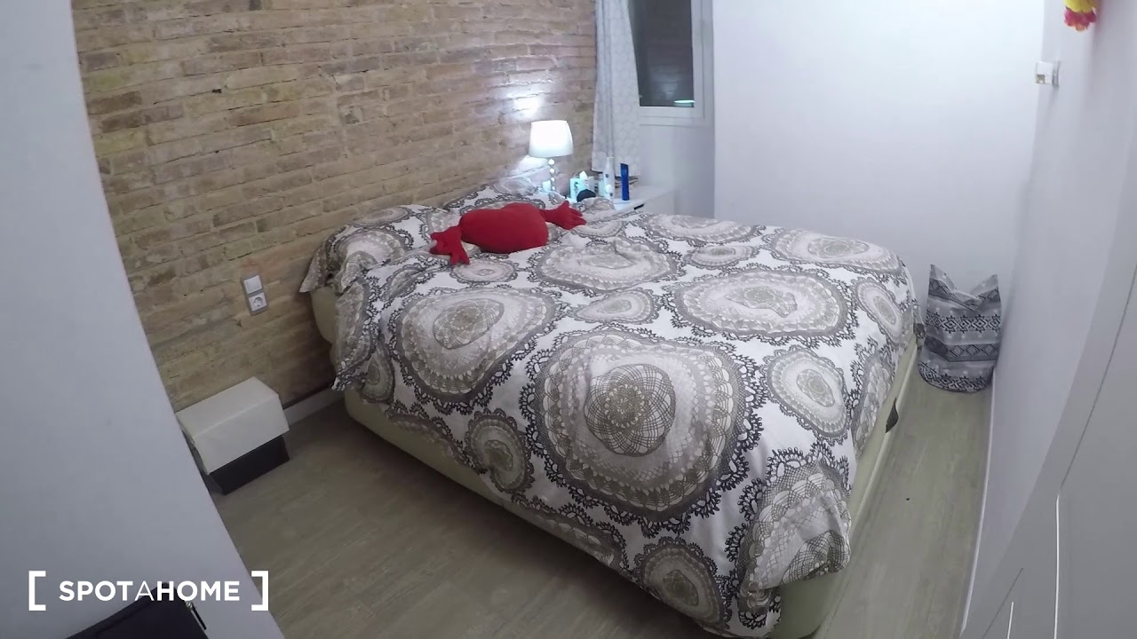 Charming 2-bedroom apartment for rent in Poble Nou