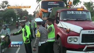Kecelakaan Maut! Sebuah Minibus Adu Banteng dengan Bus Parawisata, 5 Pemudik Tewas