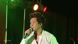 Đêm Định Mệnh - Tuấn Hưng  ( Live show )