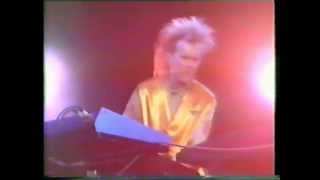 howard jones look mama  live 84