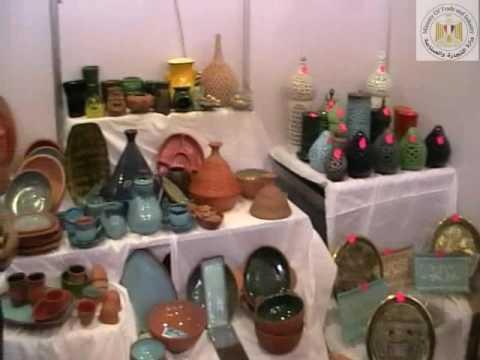 جولة مع بعض زائرى وعارضى ومنتجى المعرض الدولى الاول للصناعات اليدوية