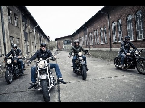 mp4 Bikers Look, download Bikers Look video klip Bikers Look