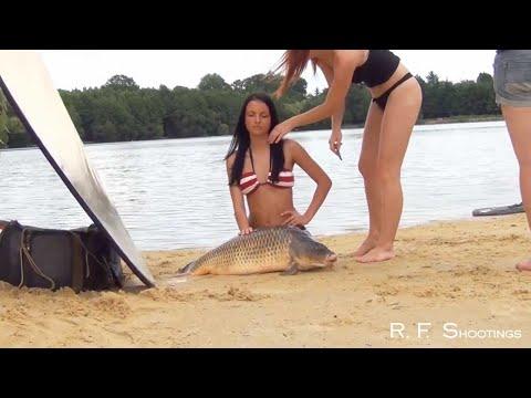 Новая фишка - эротические фото с рыбой