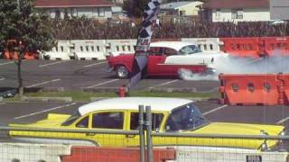 preview picture of video 'Hot Rod Burnouts, Full Throttle Manukau, 23 Oct 2010'