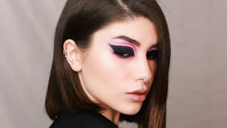 NEON LIGHT EFFECT LINER LOOK   MY FIRST ENGLISH VIDEO!