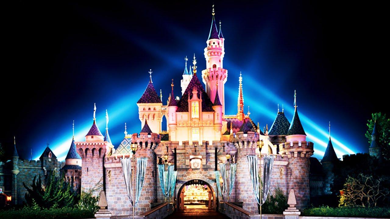 Muslim Family DENIED Disneyland Vacation thumbnail