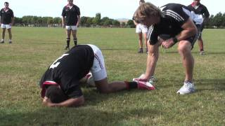 Razor Rugby Skills and Drills – Egg Ball Touch with Scott Robertson