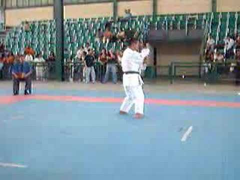 Watch video Síndrome de Down y Karate Do