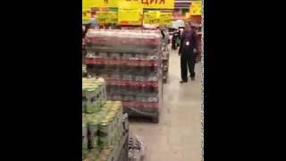 Прикол прикол =)))придурки В гипермаркете Макси Череповец