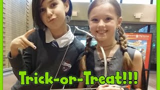 Halloween Trick Or Treating at the Mall with Mal Web - Costumes and Candy