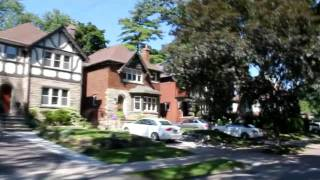 preview picture of video 'The Kingsway-neighbourhood tour -Toronto'