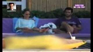 Murat Yıldırım eşi Burçin Terzioğlu ile Çeşme'de tatil yapıyor .