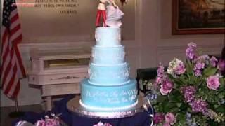 DISNEY WORLD WEDDING CAKE!