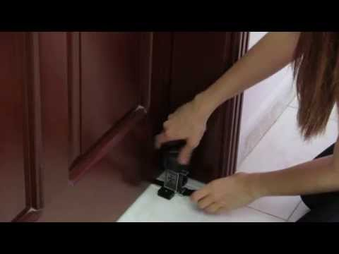Xlock 5-in-1 Door Lock - Locking from outside