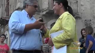 preview picture of video 'www.siciliatv.org -Striscia La Notizia a Favara'