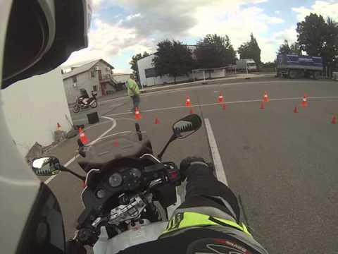 Gomby Motor vezetéstechnikai oktatás