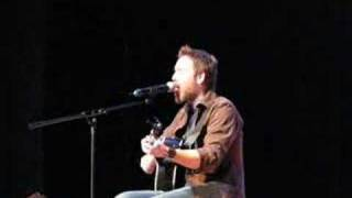 Stephen Lynch performs Newest Song, 'Waiting'