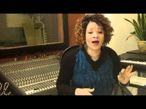 Voice Lesson/Vocal Exercise - Eve Soto -Vocal Coach/Alicia Keys - Range,Pitch, Breathing