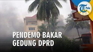 Kerusuhan di Manokwari, Pendemo Bakar Gedung DPRD Kota Sorong