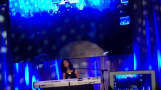 [2014.10.04] Christina Grimmie Live in Manila - Wrecking Ball, Hold On We're Going Home