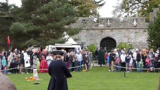 preview picture of video 'Warwick Castle - Battle'