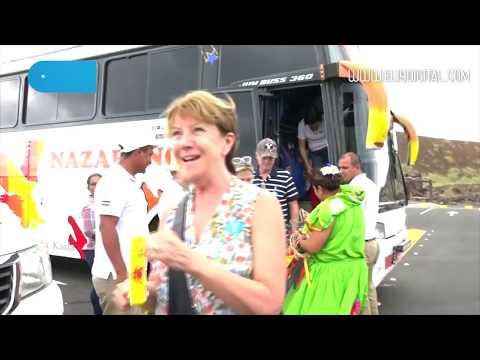 Cruceristas de Island Princess visitan Mercado de artesanía y volcán Masaya