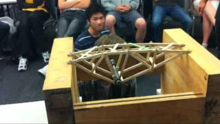 Record Truss Bridge 2012 - University of Auckland Engineering