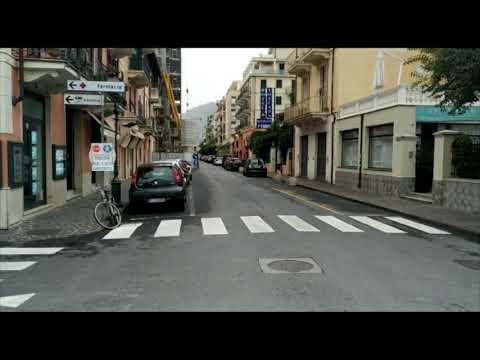 CORONAVIRUS: ALASSIO DESERTA PER L'EMERGENZA - LE IMMAGINI