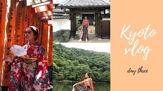 KYOTO VLOG : KIMONOS & TRYING JAPANESE STREET FOOD!