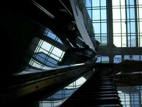 Piano - 雨爱 Yu Ai (Rainie Yang 楊丞琳)