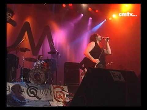 Los Caballeros de la Quema video Basta para mí - CM Vivo 2000
