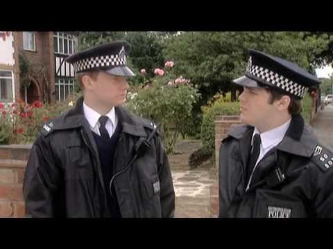 Policista, agent a tanečnice