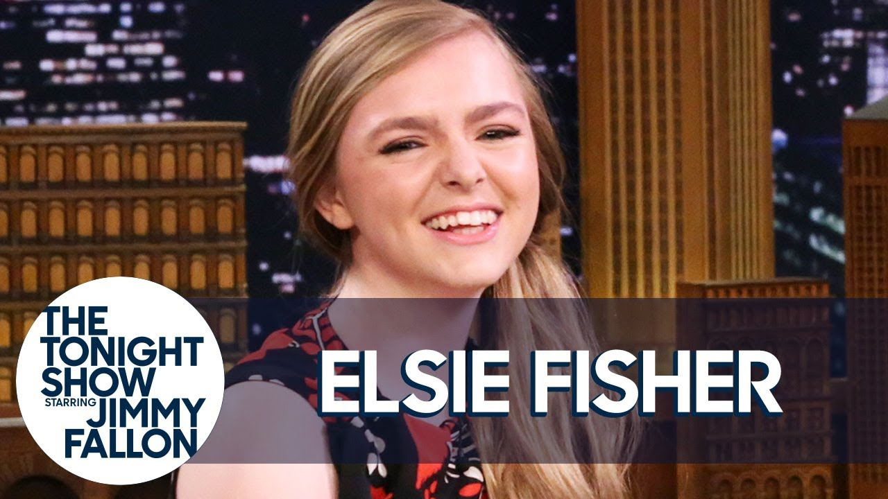 Eighth Grade Star Elsie Fisher Reacts to Being Lip-Synced to on TikTok thumbnail