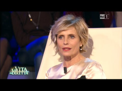 Isabella Ferrari - La Vita in Diretta 25/11/2015