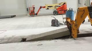 Montaż koryt FASERFIX®KS+ w posadzce betonowej