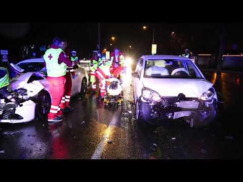 VOL.AT   Vier Verletzte nach Verkehrsunfall in Klaus