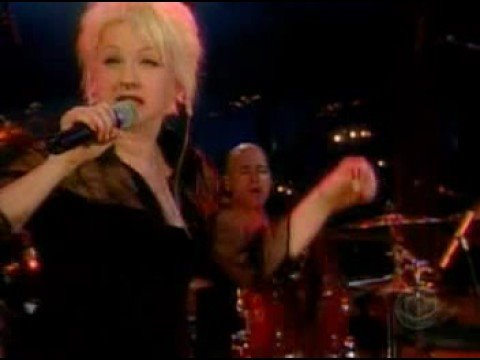 Cyndi lauper - It's Hard To Be Me
