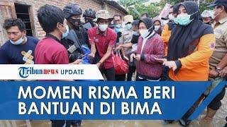 Momen Mensos Risma Terobos Lumpur Beri Bantuan Korban Banjir di Bima NTT dan Pastikan Bantuan Aman