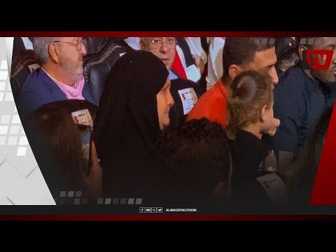 «بكاء والدة اللاعب الراحل محمد عبدالوهاب أثناء تكريمها.. وتصفيق حار من الحضور في احتفالية «العاشرة