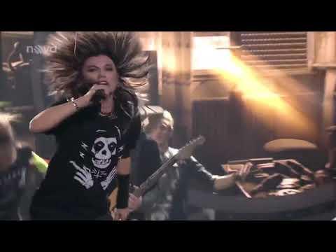 Leona Machálková - jako Tokio Hotel