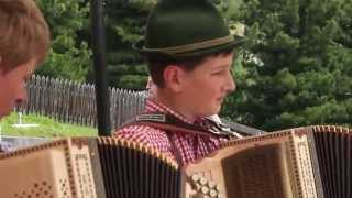 Val Gardena - Odles Hutte - Traditional South Tyrol song