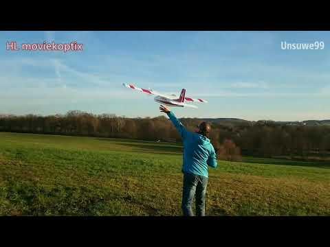 multiplex-twinstar-ll-mit-brushless-motoren-und-erstflug