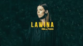 Kadr z teledysku Lawina tekst piosenki Piona