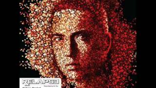 Eminem - Bagpipes From Baghdad - Relapse
