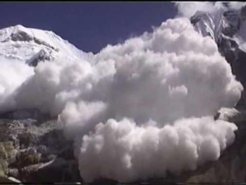 Lawina w Himalajach